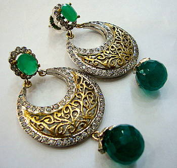 ANTIQUE VICTORIAN GREEN PEARLS CHAND BALI