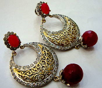 ANTIQUE VICTORIAN RED PEARLS CHAND BALI