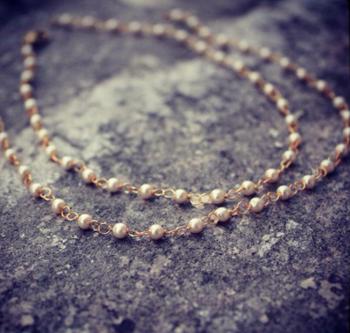 Delicate And Elegant Pearl String Anklets
