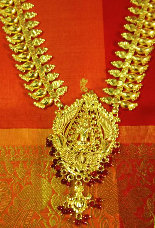 Kerala Bridal Temple Jewellery Lakshmi Haram Purple