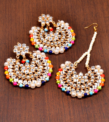 Kundan Embellished Dangler Earrings Cum Maang Tika Set 217mt106