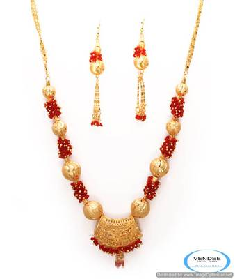 Vendee Gold Necklace jewelery 6798