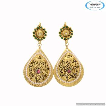 Vendee Wedding wear fashion earring 6670