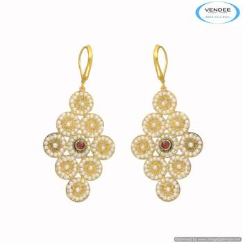 Vendee Beautiful fashion earring 6681
