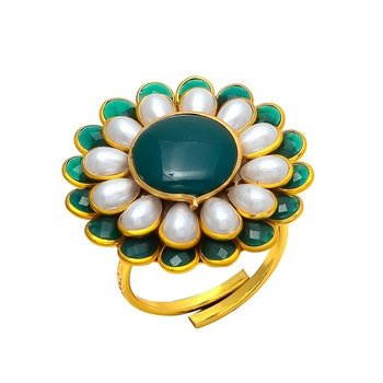 Green White Emerald Pearl Pacchi Work Ring