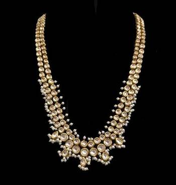 Kundan Long Necklace With Pearls
