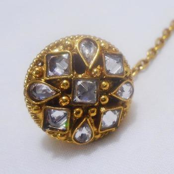 golden american diamonds maang tikka
