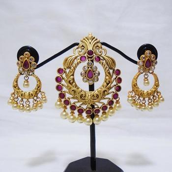golden pearl necklace sets