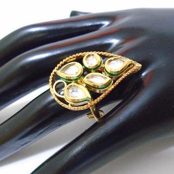 golden kundan rings