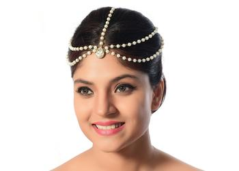 Alluring Design Matha Patti For Party Wear Gold Finishing In White Stone & Pearl