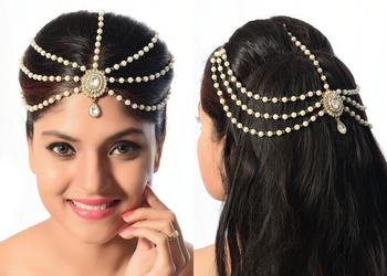 Dazzling Design Hari Style Matha Patti For Party Wear Gold Finishing In White Stone & Pearl