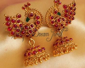 Beautiful Antique Pea Kemp Earrings