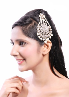 Beautiful Handmade Designer Pasa With Pearl Drop Floral Design In Gold Finishing