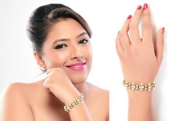 Indian Classic Pearl Designer Fashion Jewellery Bracelet