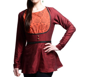 Women's Designer Wine Top With A Printed Yoke