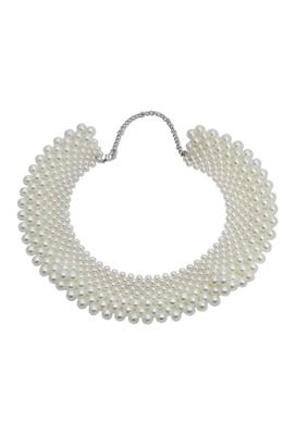 The white queen neck piece