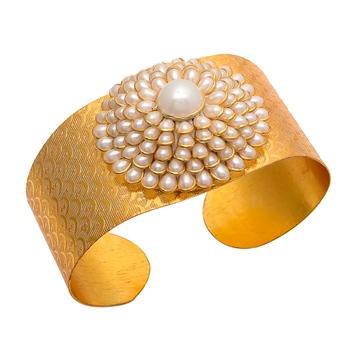 Golden Pacchi Work Pearl Hand Cuff