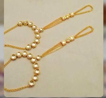Kundan And Gold Chains Hathphool Pair