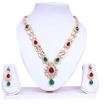 designer gold plated necklace set with maang tika