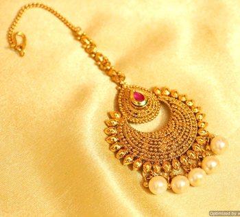 Ruby Antique Gold Look Wedding Maang Tikka