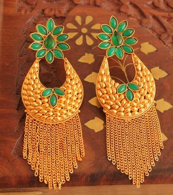 Gorgeous Matte Finish Green Designer Earring