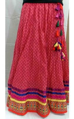 Carrot red paisley printed folk doll border long skirt