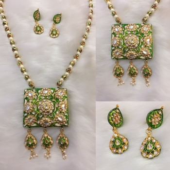 Beautiful traditional green meenakari necklace with earrings