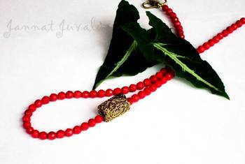 Red coral with side pendant necklace