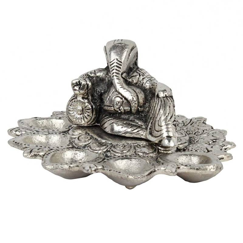 White Metal Lord Ganesha Idol With Five Dia Bon Choice 1739241