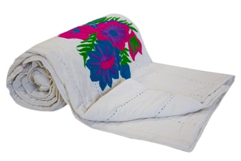 White Blanket With Flower Prints Quilt Queen Size Jaipuri Razai