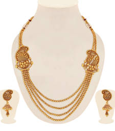 Gold pearl necklaces