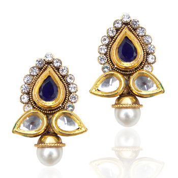Pretty magnetic blue stud with glow of pearls, dazzle of kundan ha90b