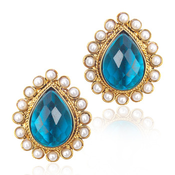 Ethnic India Vintage Earring- Friendly Turquoise stone with a pearl border ha82t