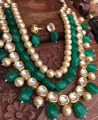 Kundan and Pearls necklace set with Green Onyx Gemstones