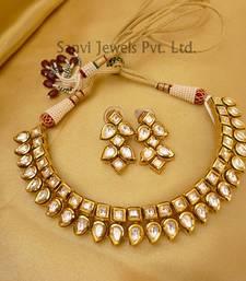 Buy Paisley Neckline Kundan Set eid-jewellery online