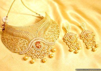 Champagne Diamond Look Choker Necklace Set