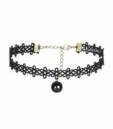 Black pearl necklaces