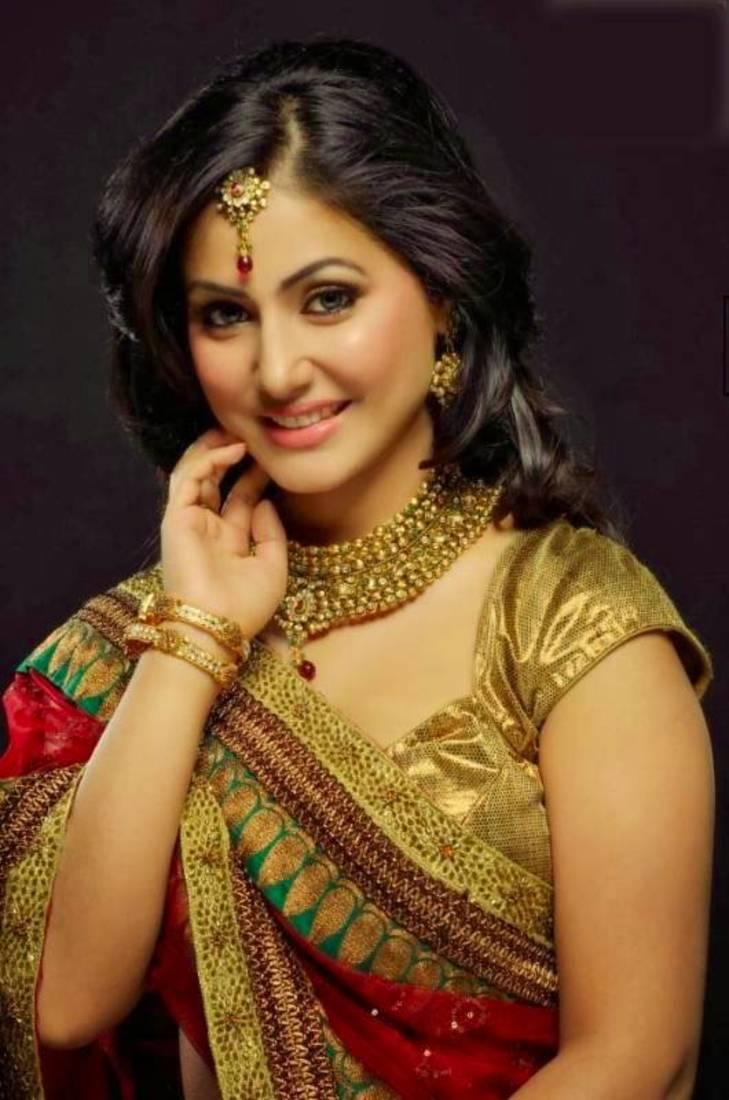 Buy Tv Actress Heena Khan Designer Red Saree Online