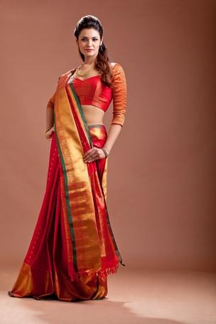 cfc6ad83db Aavaranaa RedKanhceepuram silk sarees - Aavaranaa - 239193