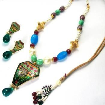 Meenakari Rhombo Necklace (Green Base)