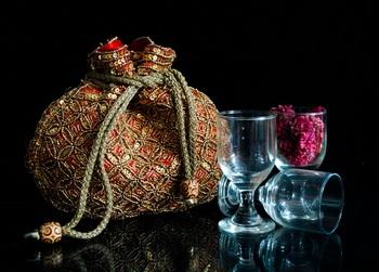 Beaded Drawstring Potli/Batwa- Red