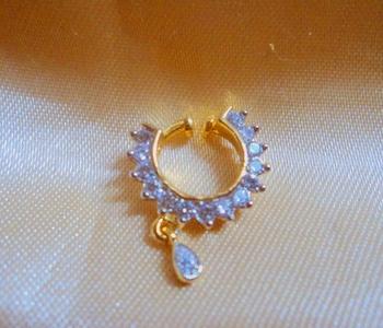 elegant american diamond spring nosering