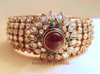 broad designer side open polki bracelet