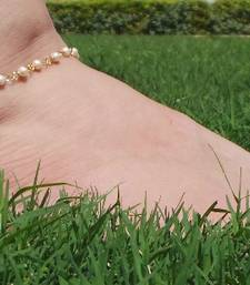 Buy Elegant And delicate Pearl string Payal anklet online