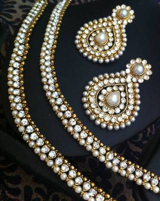 Combo :White diamentes pearl payal anklet & glowing pearl Indian earring ASEAZ004WH