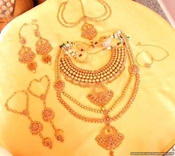 Gold Look Polki Matt Finish Bridal Necklace Set
