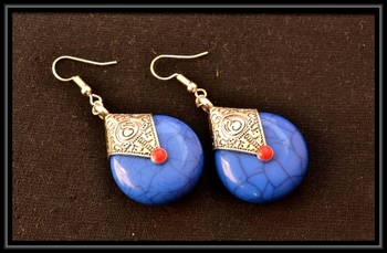 Royal blue temple dangling earrings