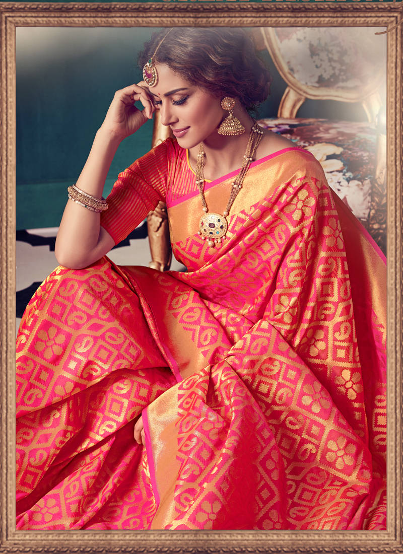 Buy Rani Pink Woven Kanchipuram Silk Saree With Blouse Online