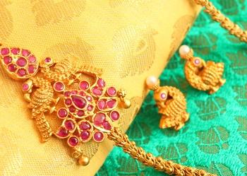 Gorgeous Matte Finish Ruby Mugappu Chain With Earrings