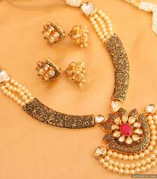 Antique Look Kundan  And  Pearl Fine Necklace Set